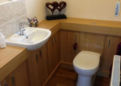 Oak Fitted Bathroom Furniture
